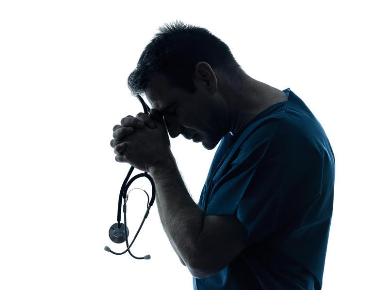 Жалоба на врача в прокуратуру – образец, и куда можно подать?