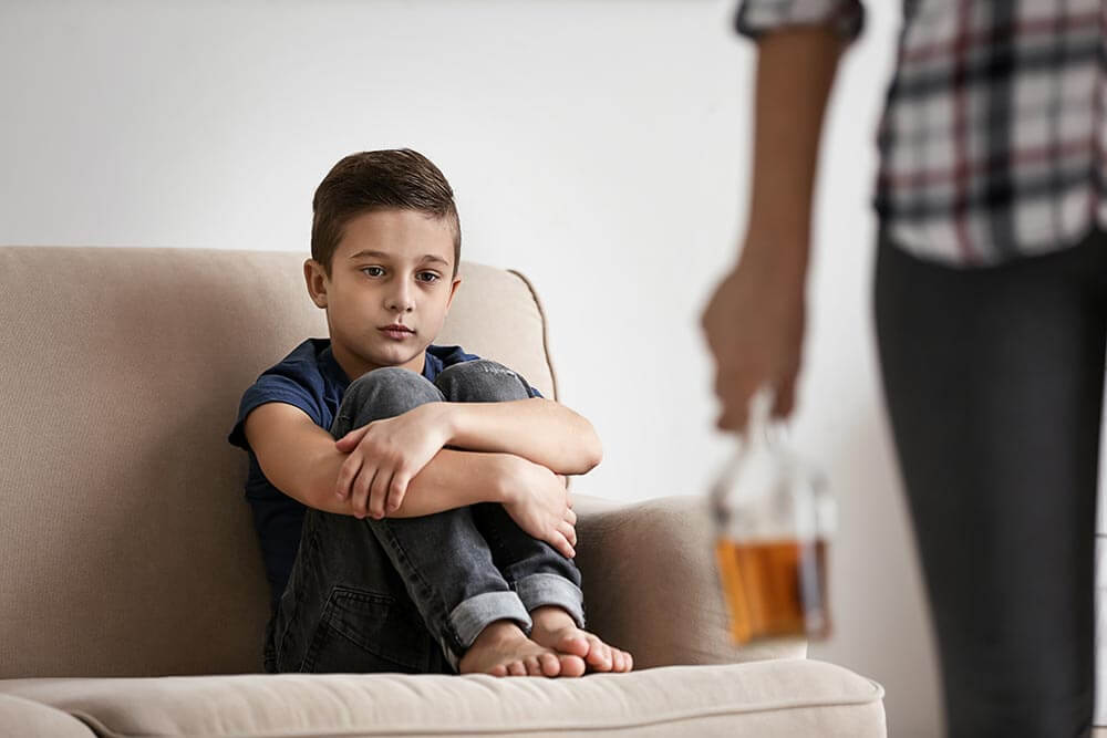 употребление спиртного с ребенком