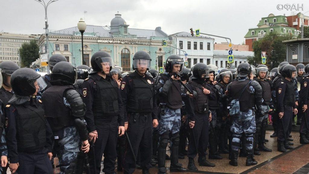 Избиение на митинге – а законно ли это?