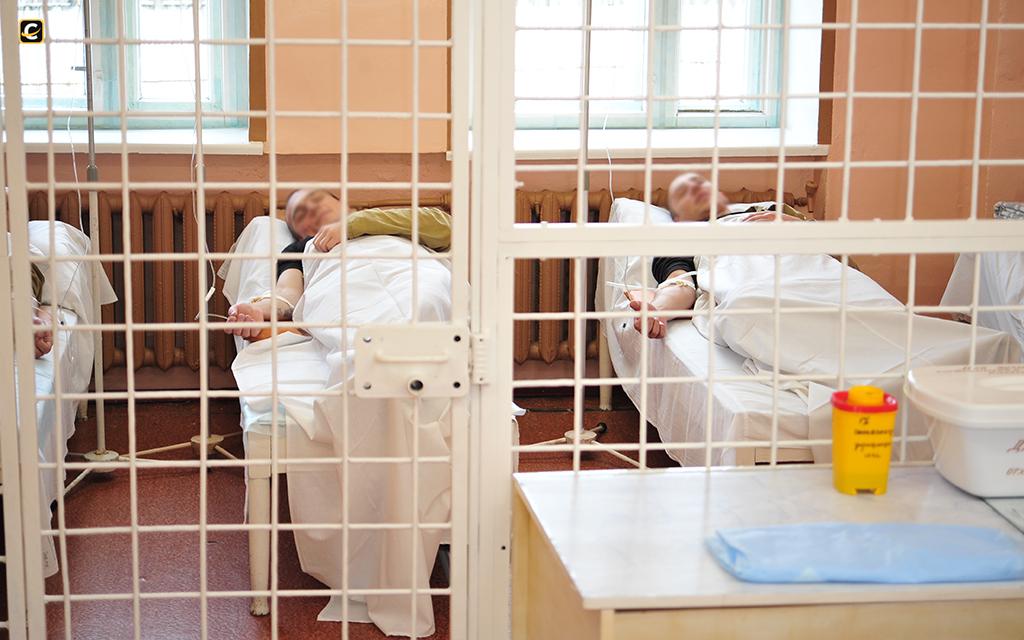 Отбывание наказания в медицинском учреждении: как это проходит?