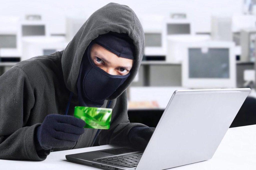 Шантаж в социальных сетях – как не попасться в лапы преступникам?