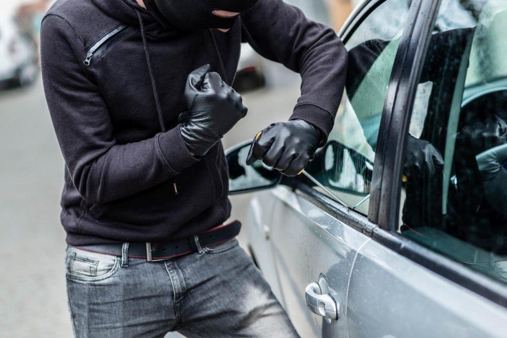 Кража и грабеж: отличия в преступлениях и ответственность