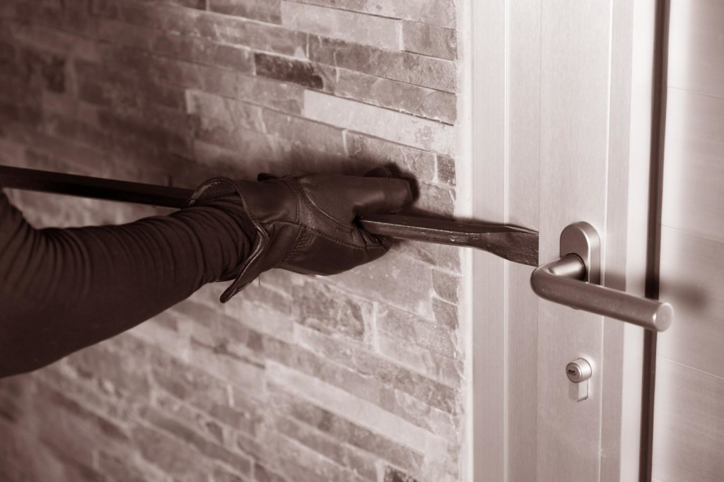 Не законное проникновение в жилище без ведома хозяина